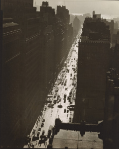 Berenice Abbott - Seventh Avenue looking south from 35th Street - Manhattan